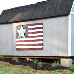 Farmhouse Style DIY Garden Fence - Southern Revivals