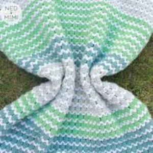One More Row - Free Pattern Link Party #6 Loops & Love Crochet